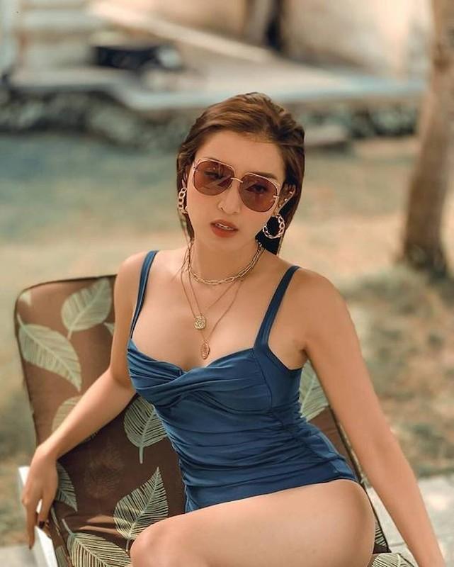 Khoe body khong mo thua, my nhan Viet khien van nguoi me-Hinh-6