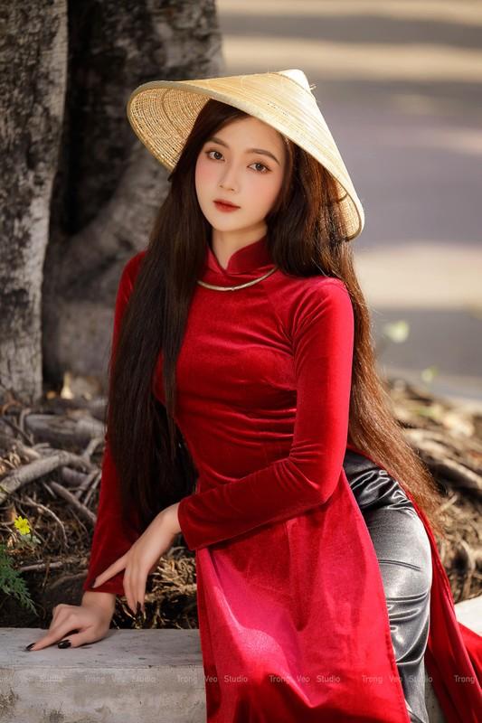 """Hot girl anh the"" khoe dien ao dai do dep ngat ngay-Hinh-4"