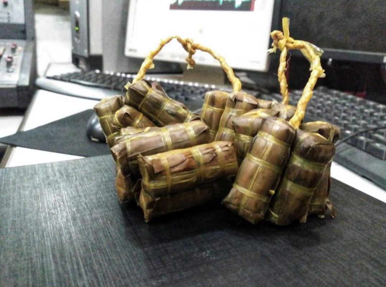 "Banh tet phien ban ""con nha ngheo"" khien netizen tranh cai-Hinh-11"