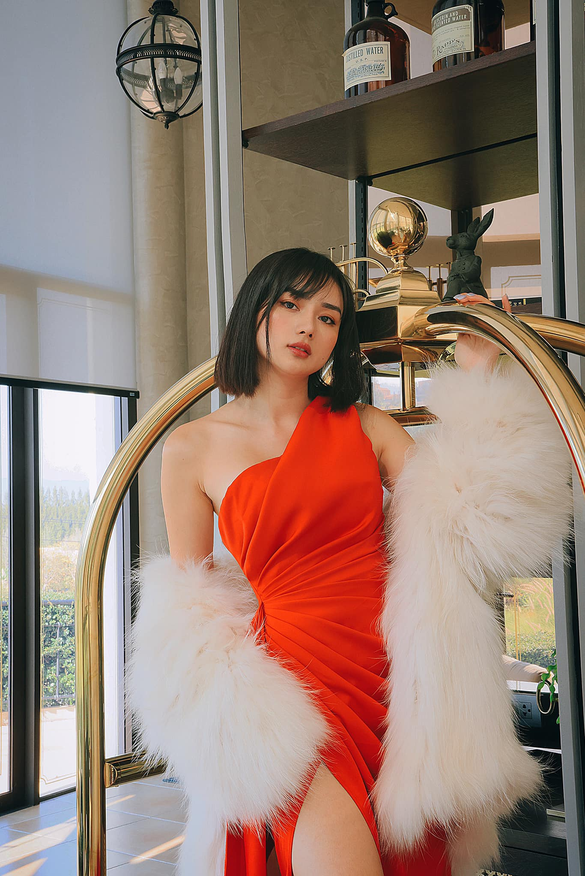 Lo mat chong dai gia, hot girl tham my khang dinh so huong-Hinh-12