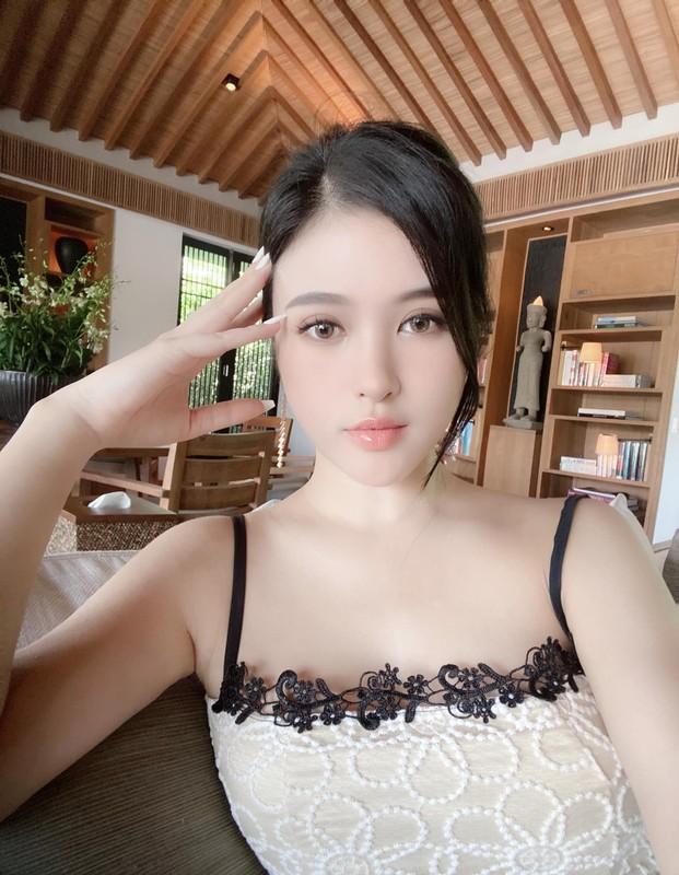 Sang chanh chang kem chi, em gai Huyen Baby chiem song mang xa hoi-Hinh-11