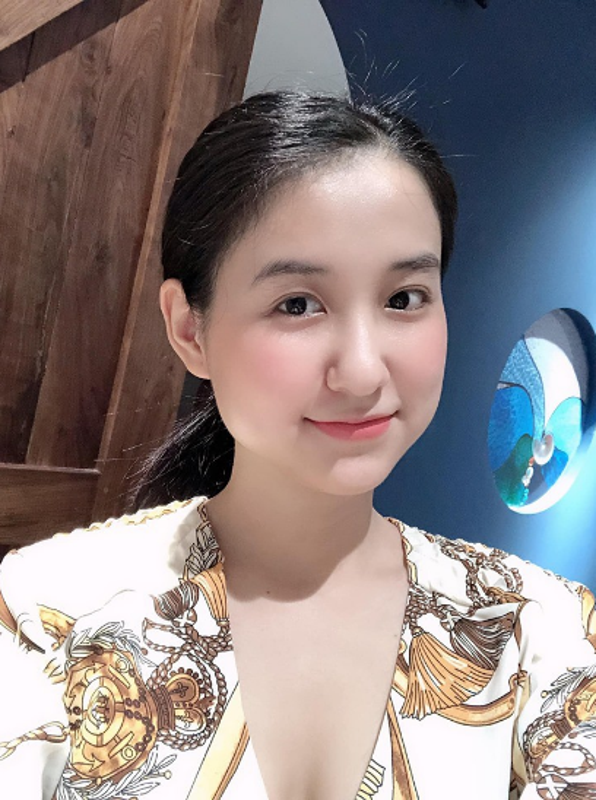"Hot girl tung khien Minh Nhua ""say nhu dieu do"" gio ra sao?-Hinh-11"