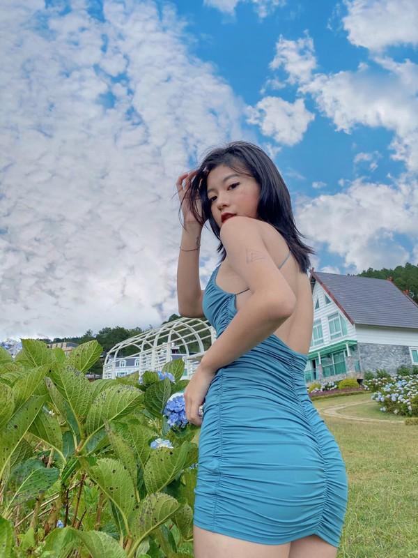 "Hot girl than hinh ""cang mong"" duoc san lung thong tin la ai?-Hinh-3"