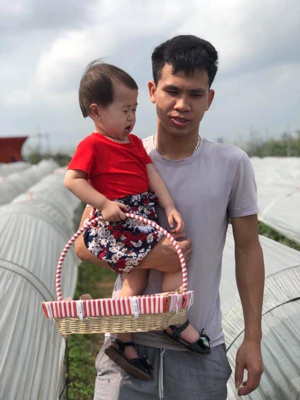"""""""Sieu nhan doi thuong"""" Nguyen Ngoc Manh va khoanh khac ben con cuc yeu-Hinh-9"""