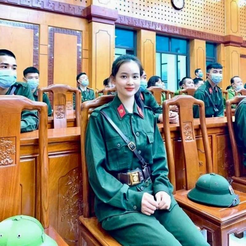 Lo danh tinh nu tan binh Yen Bai gay thuong nho qua dep