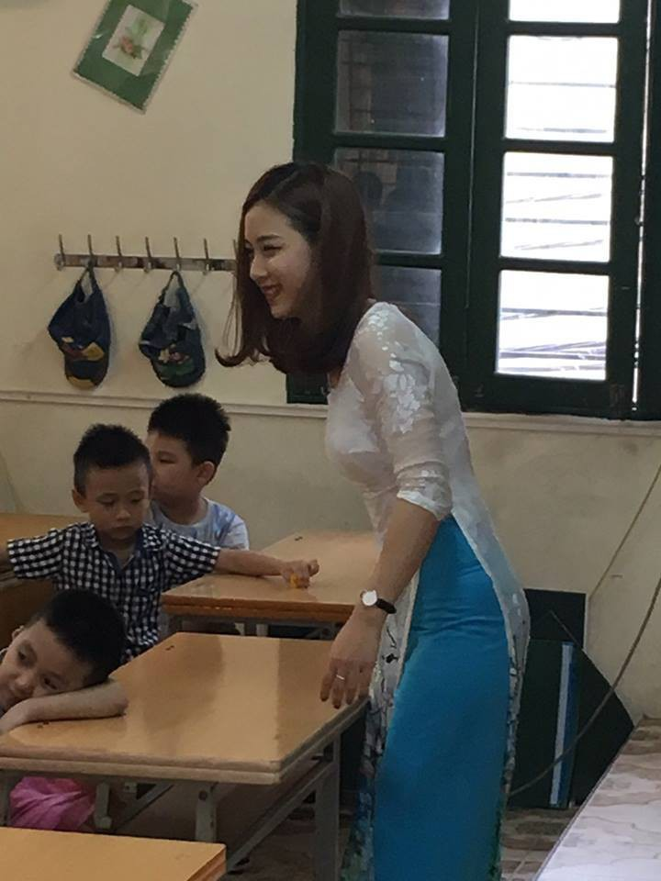 Bi chup len, nu giao vien hot girl chiem spotlight mang xa hoi-Hinh-5