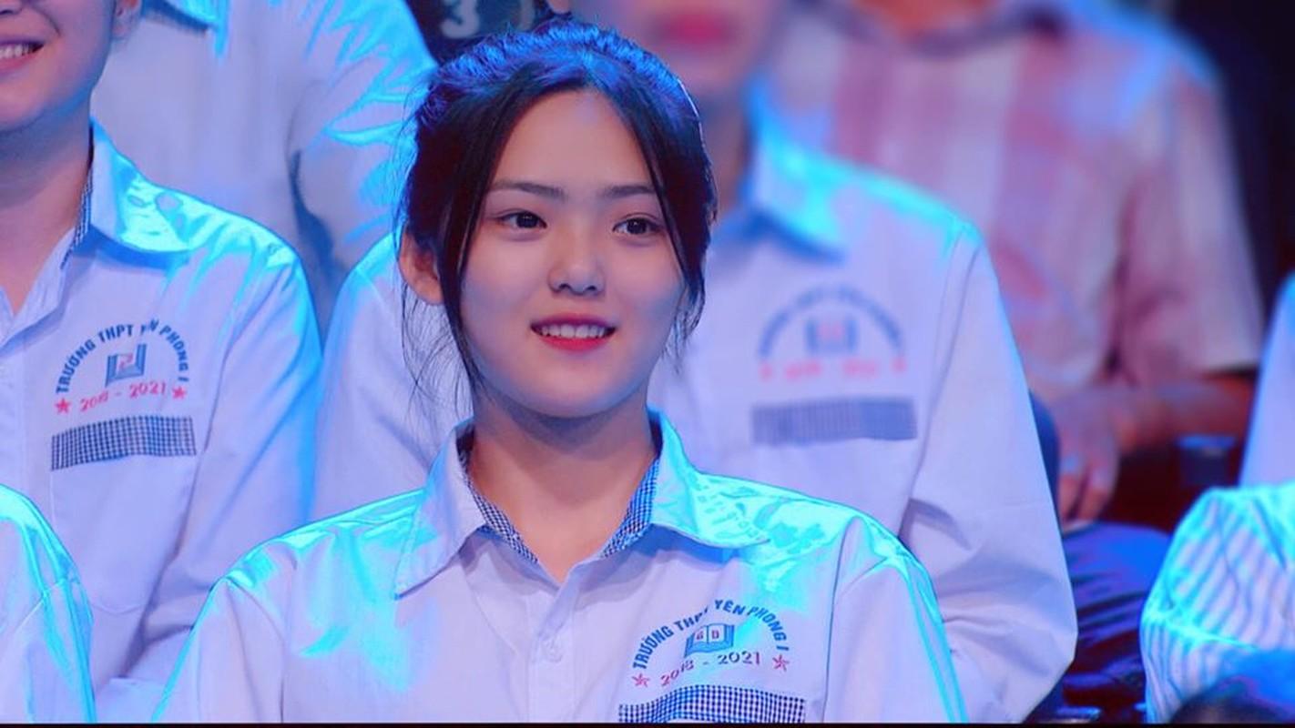 "Nu thi sinh ""chiem song"" Duong len dinh Olympia nho nu cuoi toa nang-Hinh-10"