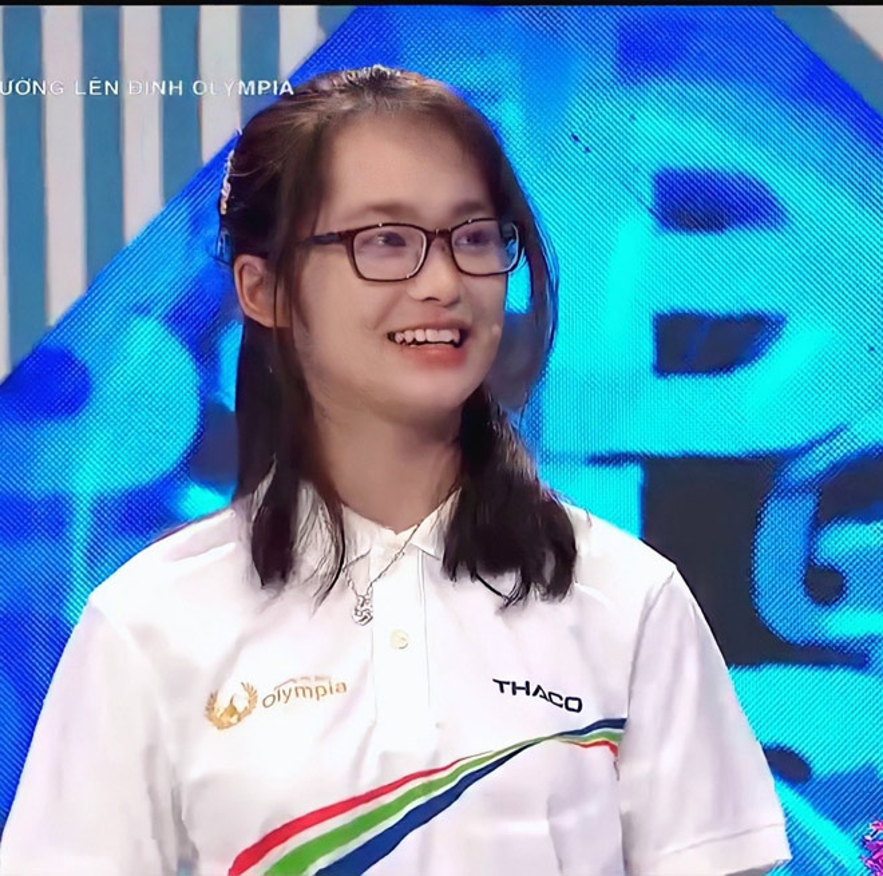 "Nu thi sinh ""chiem song"" Duong len dinh Olympia nho nu cuoi toa nang-Hinh-3"