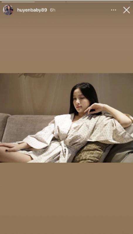 Khoe mat moc, hot girl doi dau chung minh nhan sac truong ton-Hinh-4
