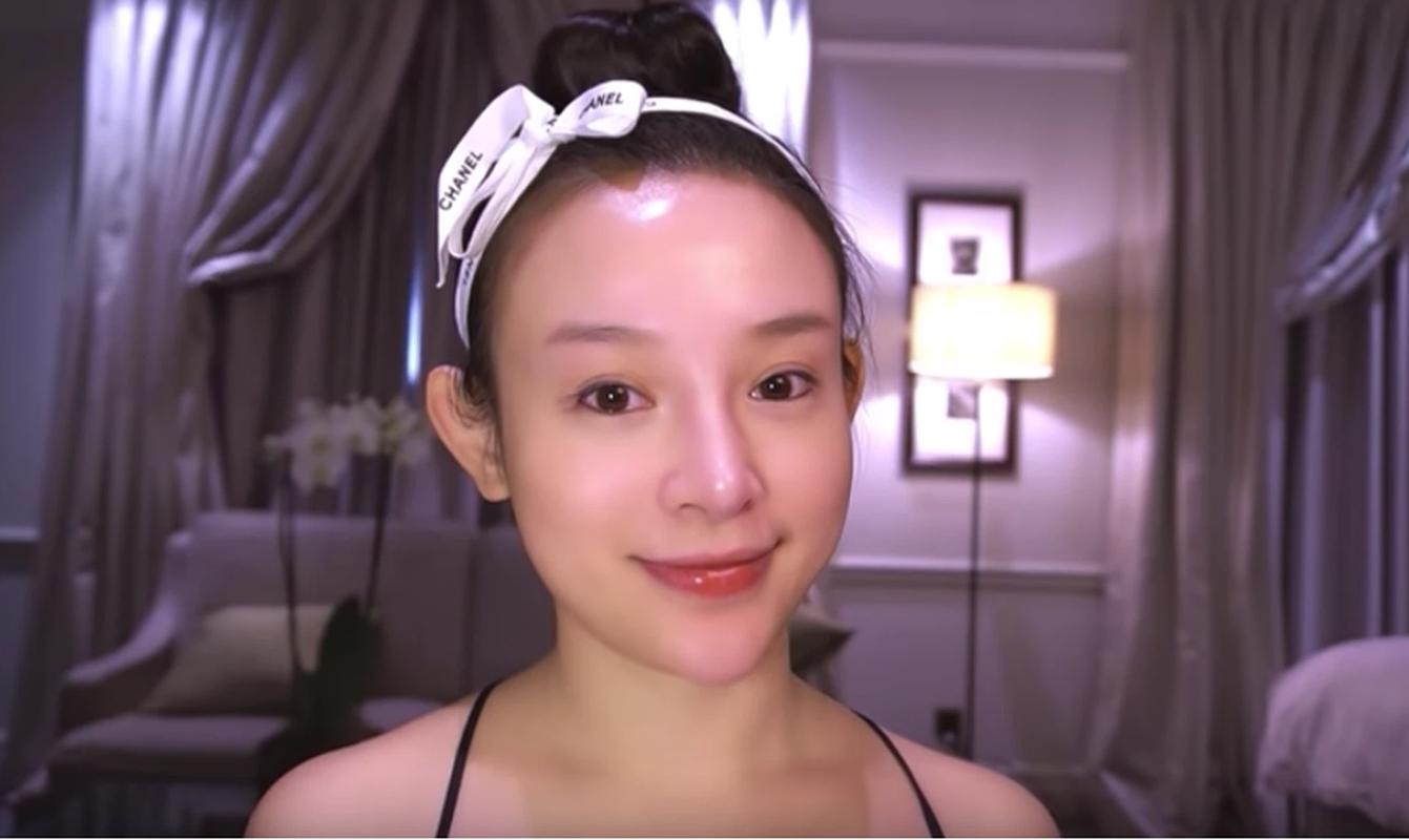Khoe mat moc, hot girl doi dau chung minh nhan sac truong ton-Hinh-7