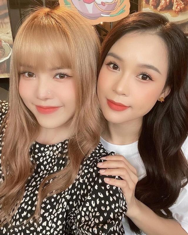 Chung khung hinh, hot girl Sam va Thieu Bao Cham do nhan sac-Hinh-3