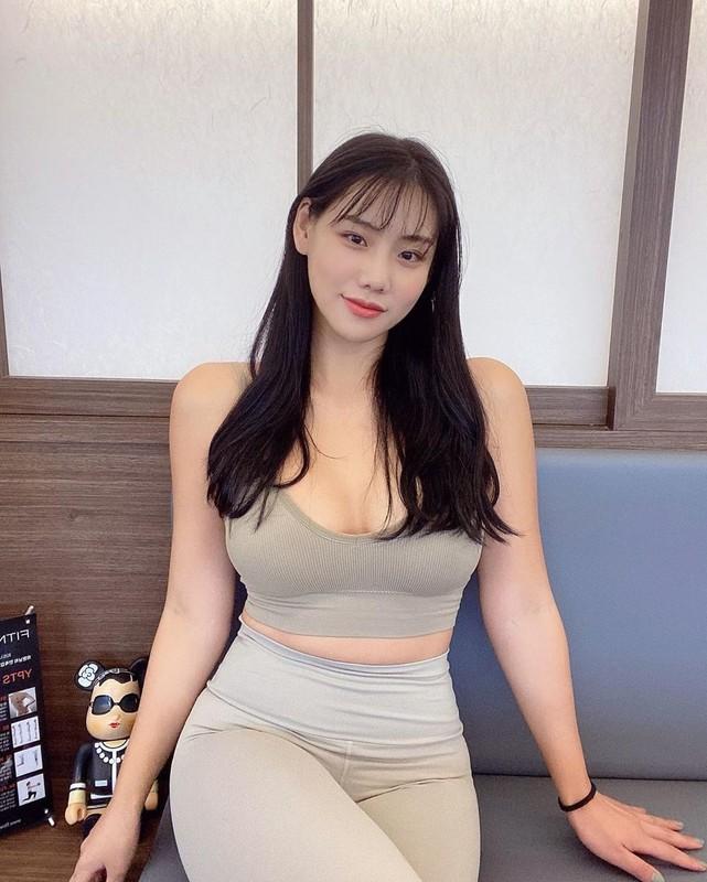 """""""Co giao"""" me an khien fan nguong mo nho voc dang chuan hot girl-Hinh-4"""