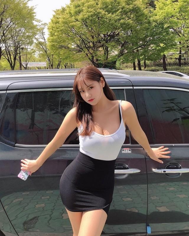 """""""Co giao"""" me an khien fan nguong mo nho voc dang chuan hot girl-Hinh-6"""