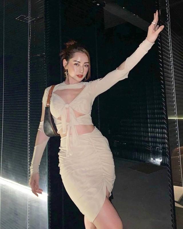 Khoe vong eo nong bong, Chi Pu vuot mat nhieu my nhan-Hinh-9