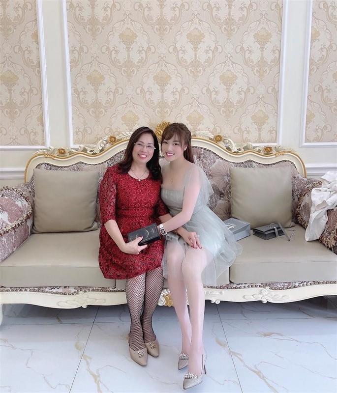 Au Ha My lien tuc khoe gia san khung sau 8 thang ly hon-Hinh-10