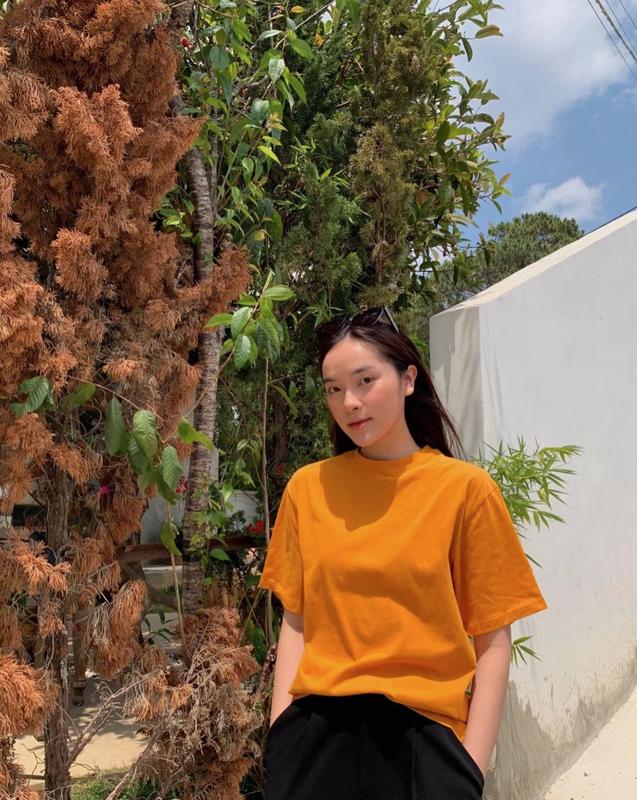 """""""Na na"""" Chau Bui, dan hot girl Viet duoc netizen diem mat goi ten-Hinh-12"""