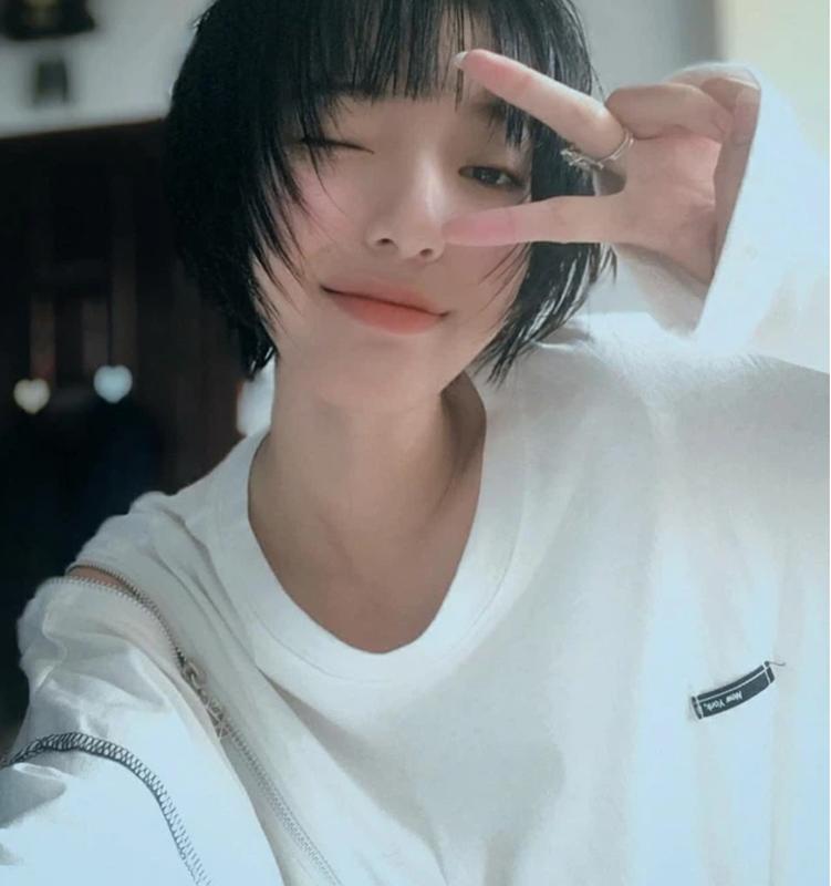 """""""Na na"""" Chau Bui, dan hot girl Viet duoc netizen diem mat goi ten-Hinh-4"""