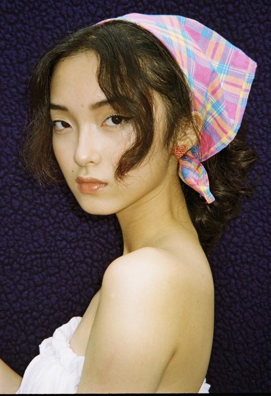 """""""Na na"""" Chau Bui, dan hot girl Viet duoc netizen diem mat goi ten-Hinh-8"""