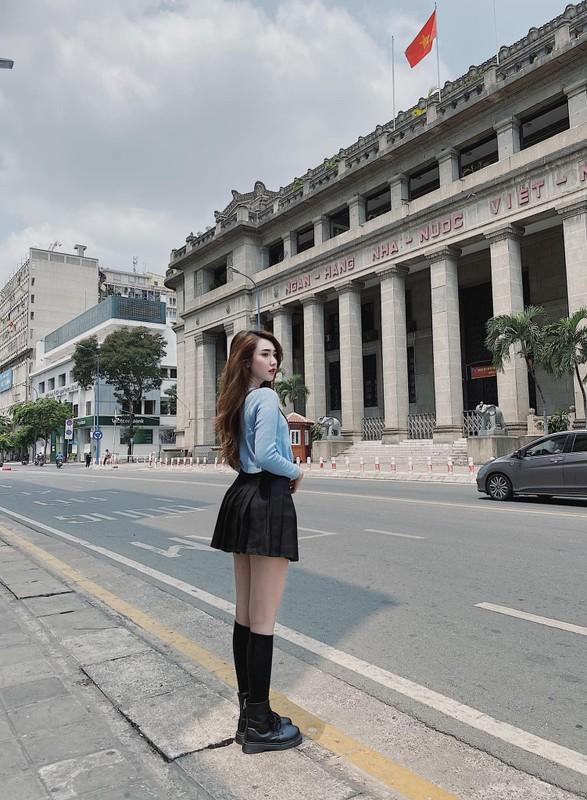 """Chia tay"" cau thu, nhan sac hot girl Sai Gon ngay mot len huong-Hinh-3"