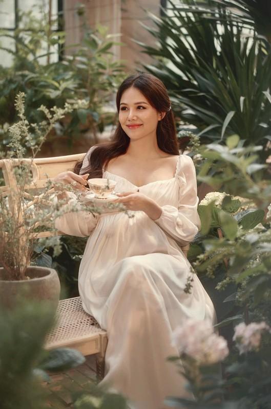 Thong bao mang thai, vo thieu gia Cocobay khoe nhan sac dinh cao-Hinh-8