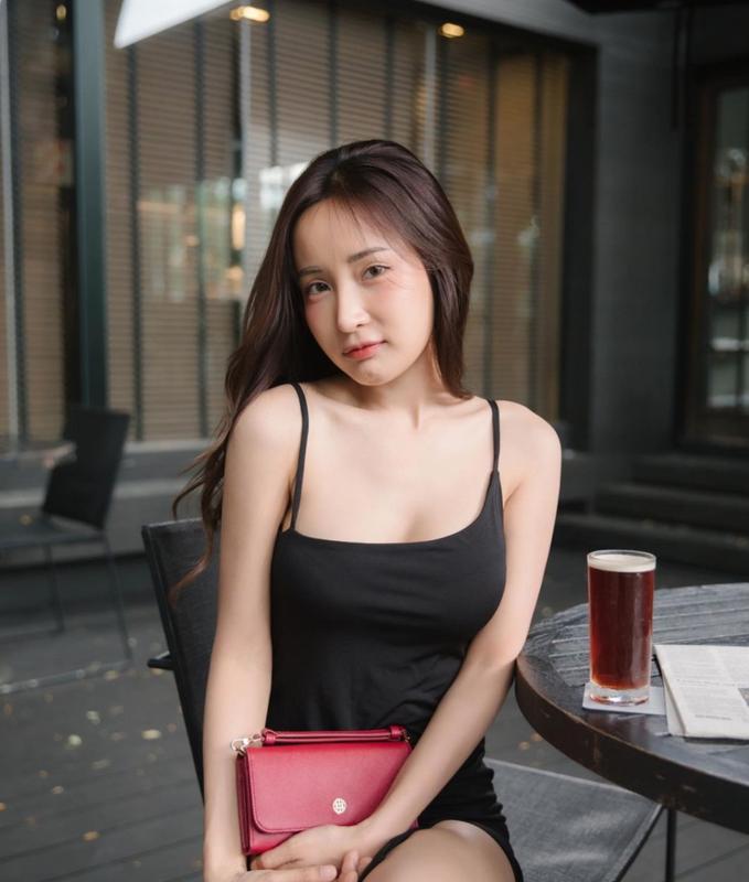 """""""Lot xac"""" sau nieng rang, hot girl Thai duoc khen """"dep tua thien than""""-Hinh-10"""