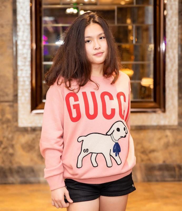 Chan dung con gai Phuong Chanel, 18 tuoi dam chat rich kid chuan-Hinh-7