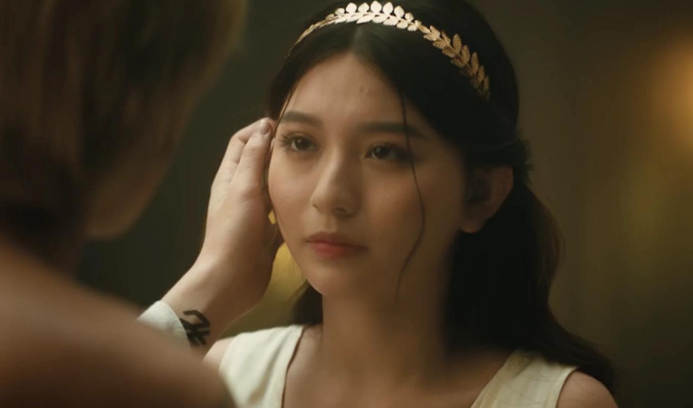 """Nu chinh trong MV moi cua Jack khien netizen """"me man"""" la ai?-Hinh-3"""