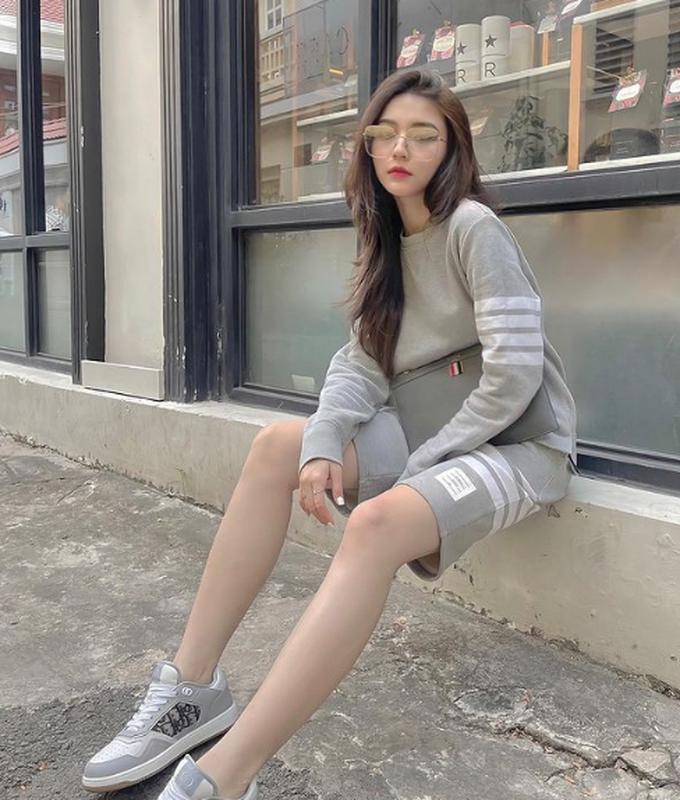 """Nu chinh trong MV moi cua Jack khien netizen """"me man"""" la ai?-Hinh-9"""