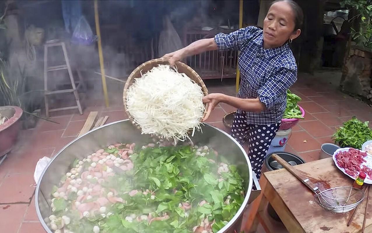 """Com rang tran chau"" va nhung mon an kho hieu cua Ba Tan Vlog-Hinh-11"