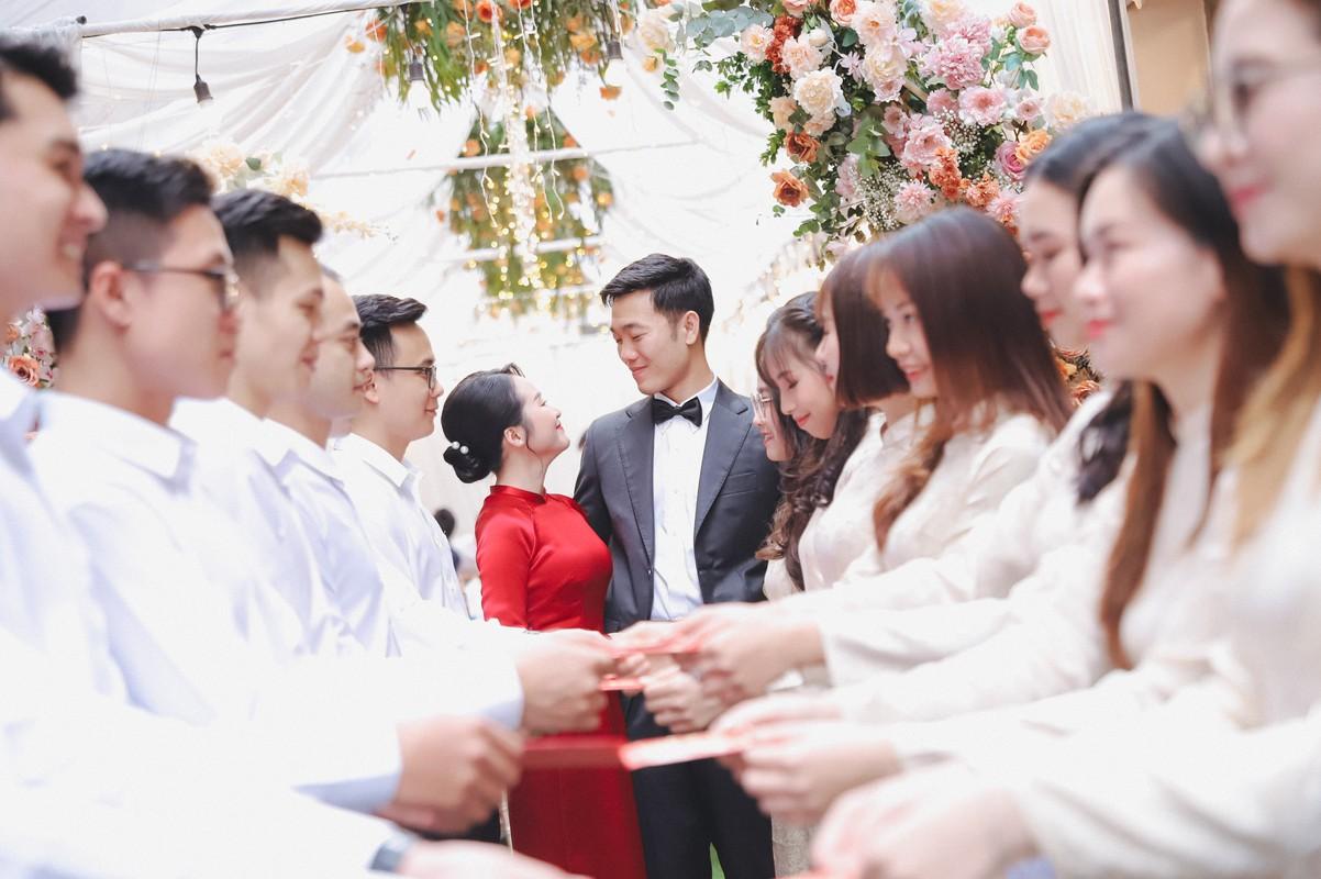 Anh an hoi Luong Xuan Truong, netizen soi goc anh kho hieu-Hinh-9