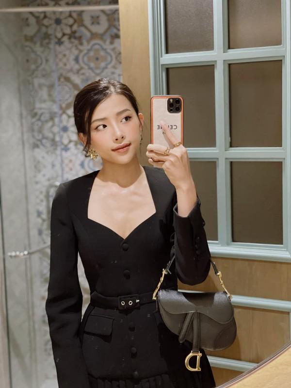 Nhan sac co vo chuan hot girl van nguoi me cua Phan Manh Quynh-Hinh-6
