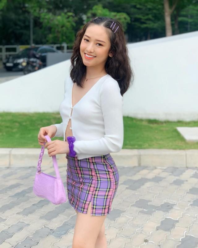 """Gia nhap """"duong dua bikini"""", hot girl Ca Mau duoc khen sac voc-Hinh-11"""
