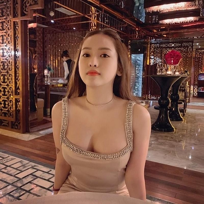 """Gia nhap """"duong dua bikini"""", hot girl Ca Mau duoc khen sac voc-Hinh-8"""