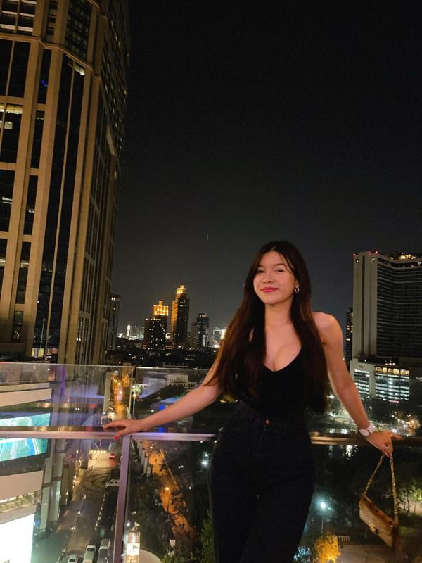 "Ban gai Dang Van Lam bung nghi van ""do"" vong 1 qua buc anh?-Hinh-12"