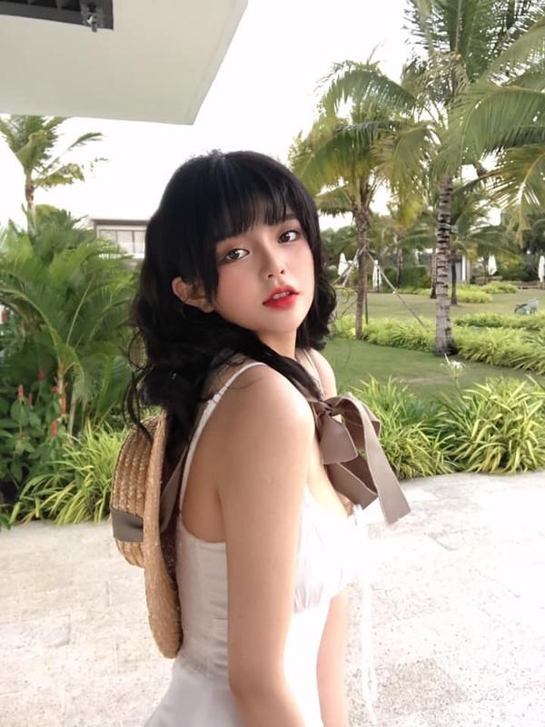 """Hot girl Gia Lai gay """"sot"""" khi so huu khuon mat tua bup be-Hinh-7"""