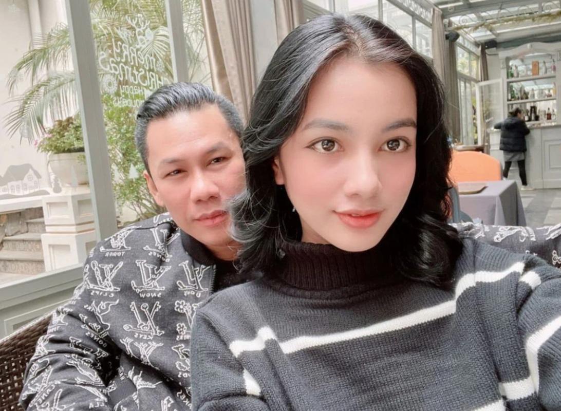 Gai xinh An Giang bi chinh fan soi bang chung bop eo lo tay