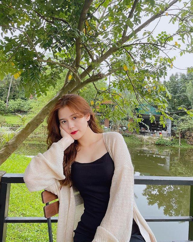 Ngoai hinh nuot na, xinh dep cua ban gai trung ve Thanh Chung-Hinh-11