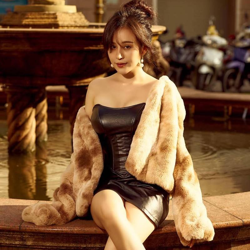 "Khoe clip hau truong, ba Tung bi ""nem da"" vi phong nhu chuong lon-Hinh-3"