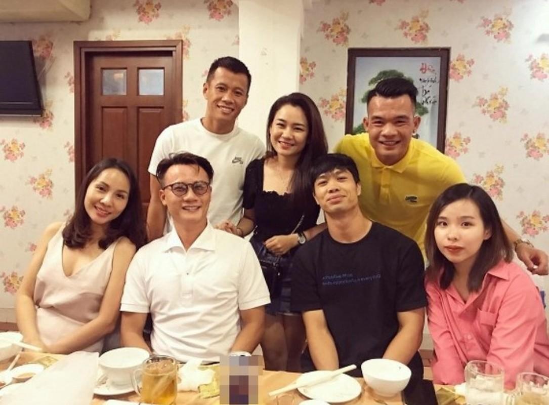 Vo Cong Phuong lo vong 2 bat thuong, NHM vao chuc mung-Hinh-5