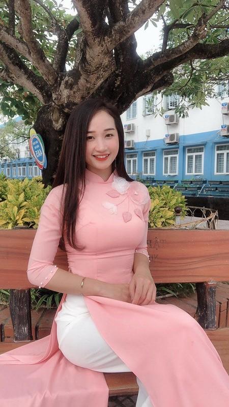 Chup anh can cuoc cong dan, co giao Ha Noi bong noi nhu con-Hinh-2