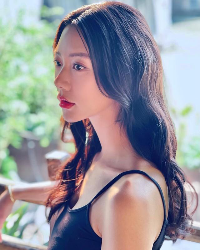 My nu xu Han tung gay sot pho di bo Ho Guom gio ra sao?-Hinh-4