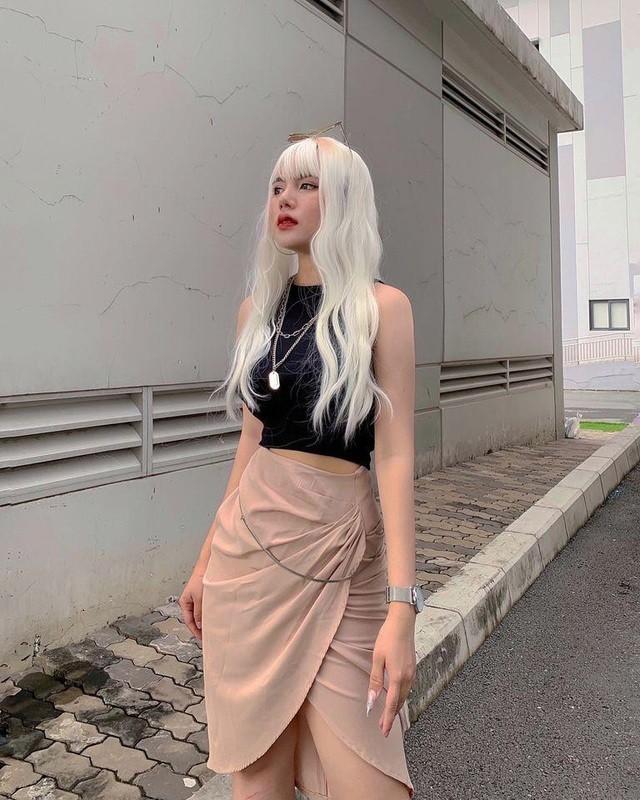 Dep nhu con lai, hot girl Binh Duong noi