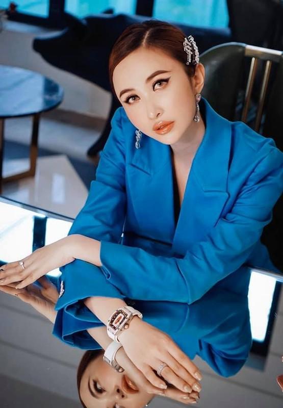 Vo 2 Minh Nhua bat ngo lo moi quan he voi me chong-Hinh-12