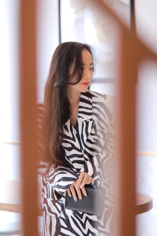 Xinh dep va tai nang, co giao hot girl Binh Duong noi nhu con-Hinh-10