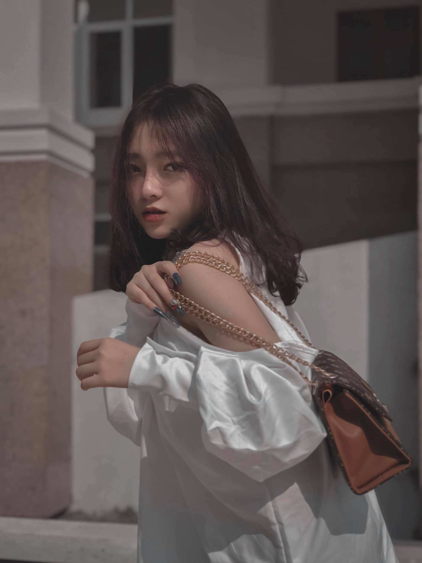 """""""Hot girl anh the"""" Lang Son tung noi nhu con gio ra sao?-Hinh-11"""