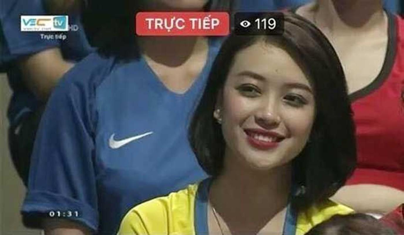 Tham gia Nong cung Euro 2016, hot girl xu Nghe gio ra sao?-Hinh-2