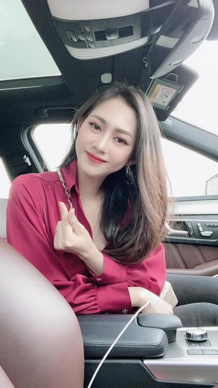 Ve nong bong cua hot girl tung noi danh tu Nong cung Euro 2016-Hinh-11
