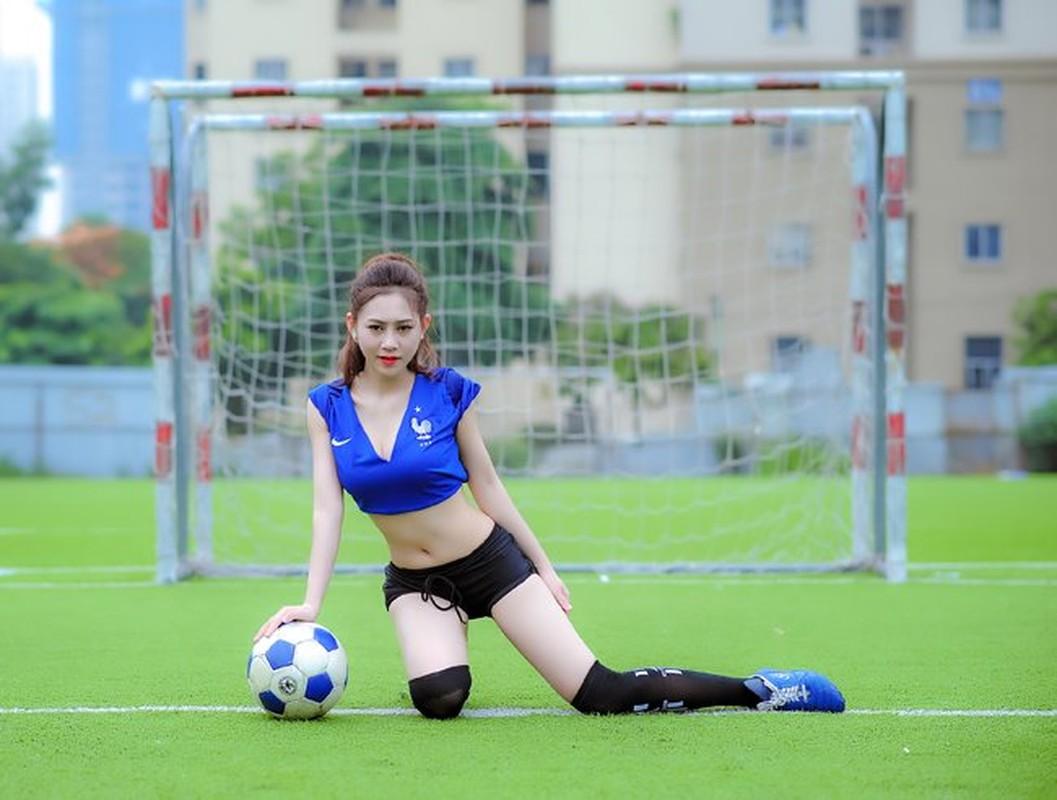Ve nong bong cua hot girl tung noi danh tu Nong cung Euro 2016