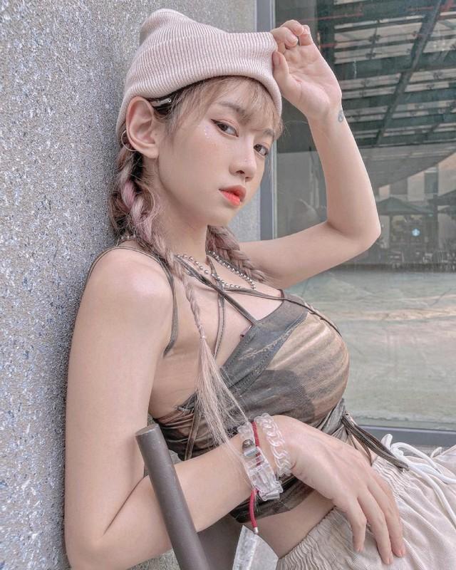 Hot girl 6 trieu follow TikTok bi soi chi tiet bop eo qua da-Hinh-10