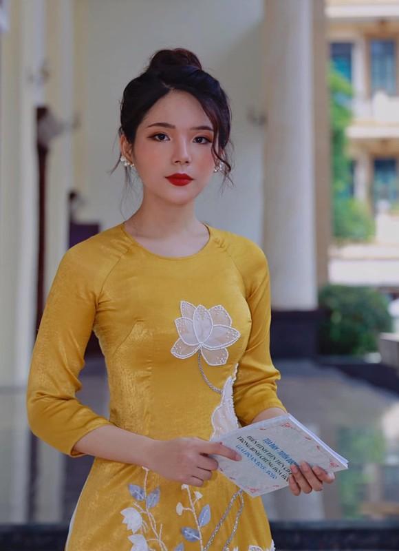 """So huu chieu cao """"khung"""", hot girl truong Bao chuan nguoi mau-Hinh-11"""
